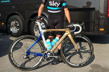 Elia Viviani's golden Pinarello commerates his gold medal at the 2016 Rio Olympics. (CyclingWeeklyUK)
